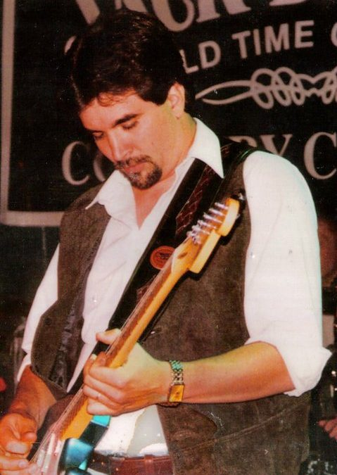 Live Music: Brian Hayes